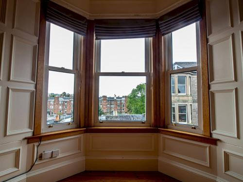 Picture of Beautiful Georgian Style Morningside Apartment