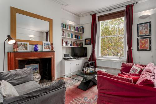 Light And Comfortable Hammersmith Home