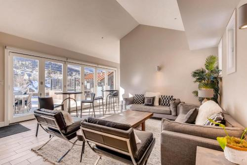 820 Park Ave #203 by Park City Lodging Main image 1