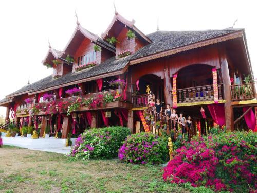 Charming Rustic Golden Teak Palace Charming Rustic Golden Teak Palace