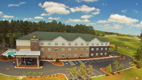 . Holiday Inn Express DeFuniak Springs, an IHG Hotel