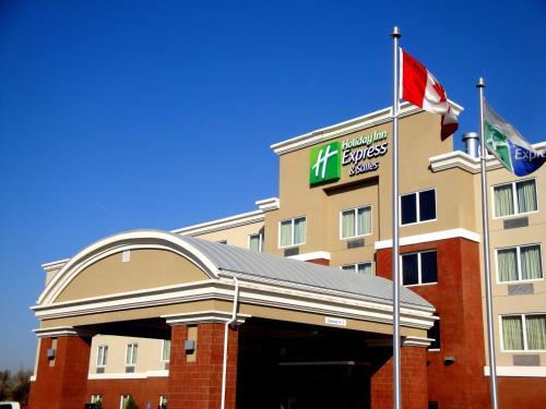 Holiday Inn Express Fort Saskatchewan - Fort Saskatchewan, AB T8L 0N6