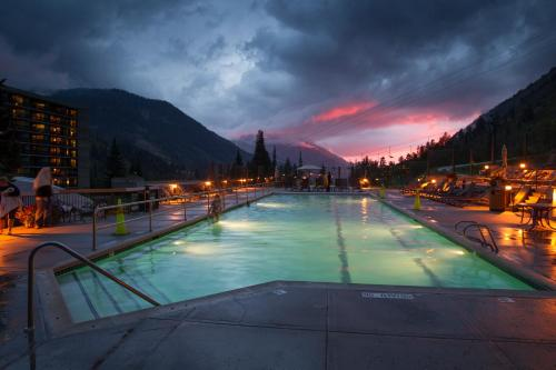 Cliff Lodge and Spa - Accommodation - Snowbird Lodge
