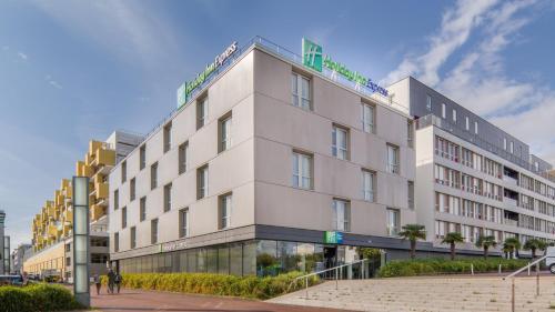 Holiday Inn Express Saint-Nazaire, an IHG Hotel - Hôtel - Saint-Nazaire