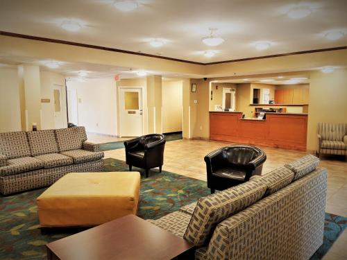 Candlewood Suites Macon, an IHG Hotel