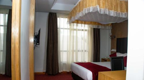 . Amelia Karen Hotel