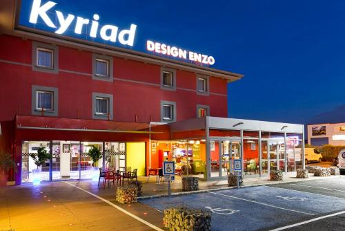 Enzo Hotels Reims Tinqueux by Kyriad Direct - Hôtel - Reims