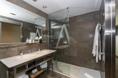 Double Room - Cycling Package ARTIEM Asturias 9