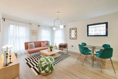 Luxury Interior Designed Home - Broad Street
