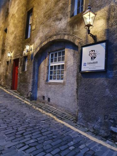 Edinb&B, Edinburgh