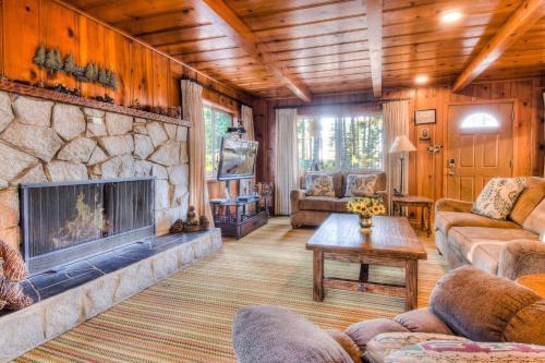 Zephyr Cove Cabin - Hotel - Glenbrook