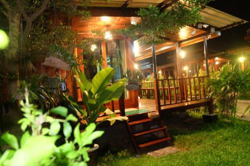 Ruen Orathai Resort Prachuap Khiri Khan