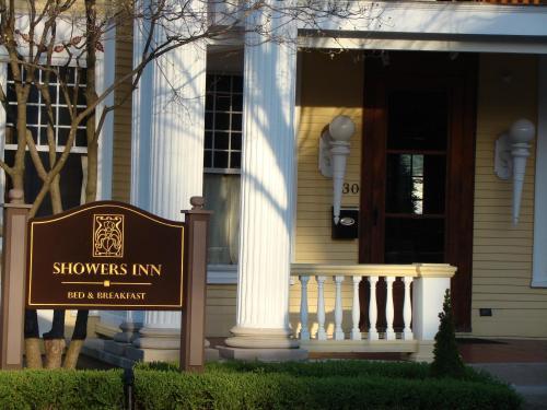 Showers Inn - Bloomington, IN 47408