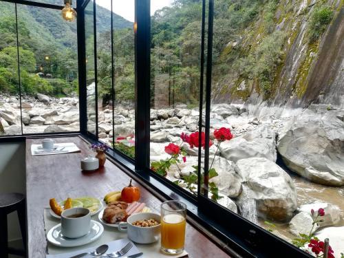 . Susanna Inn Machu Picchu Hotel