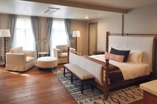 . Zane Grey Pueblo Hotel