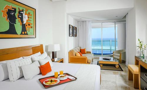 AC, Suites at The Grand Mayan - Vidanta in Acapulco