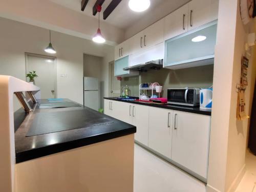 2Homez Cozy Setiawalk Serviced Apartment, Puchong, Kuala Lumpur