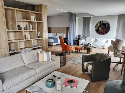 . Cassa Luxury Homes