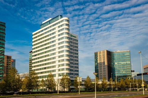 . Holiday Inn Express Amsterdam Arena Towers, an IHG Hotel
