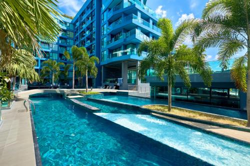 Acqua Condo by Tech