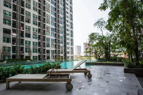 The base central pattaya by PNP The base central pattaya by PNP
