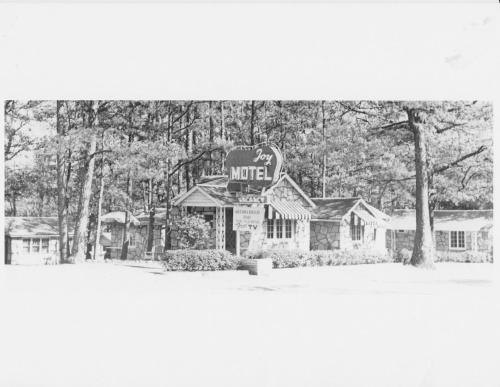 The Wanderoo Lodge - Eureka Springs, AR 72632