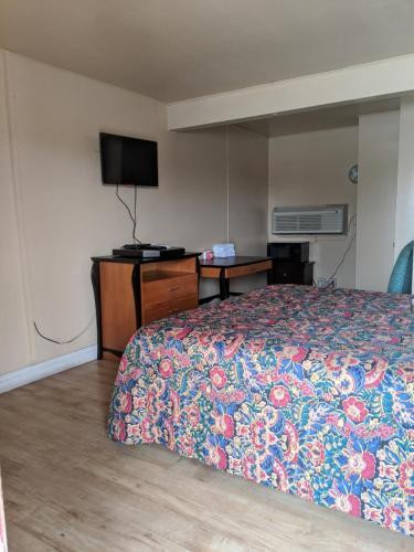 Black Horse Motel - Apple Valley, CA CA 92307