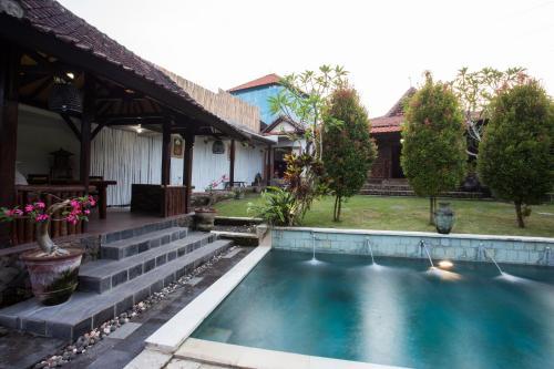Villa Kubu Ampo Bali