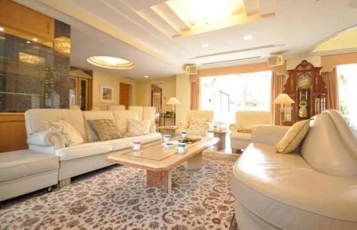 Sapporo Luxury House