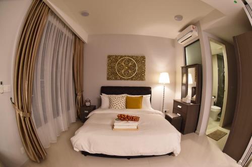 Exclusive Studio Apartment near KL City with pool & carpark