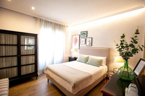 Superior Double Room - single occupancy El Patio de los Jazmines 13