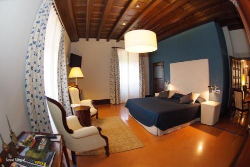 Deluxe Doppelzimmer RVHotels Hotel Palau Lo Mirador 12