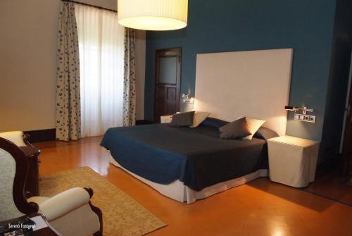 Deluxe Familienzimmer (2 Erwachsene und 1 Kind) RVHotels Hotel Palau Lo Mirador 6