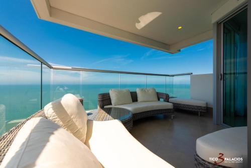 Exclusive and luxury Murano elite 3303