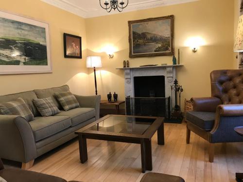 Rosebank House - Accommodation - Blairgowrie
