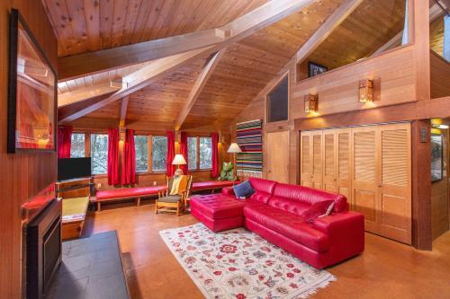 Cedar Chalet on Davos - Hotel - Girdwood