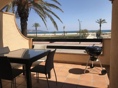 Apartamento en primera linea de playa ref 345
