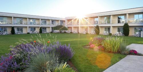 Best Western Plus Kelowna Hotel & Suites