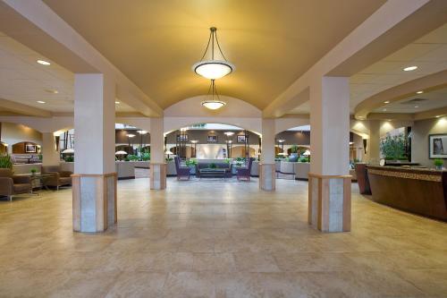 Embassy Suites Kansas City International Airport - Kansas City, MO MO 64153