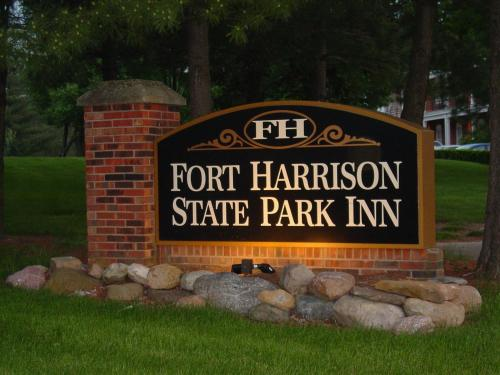Fort Harrison State Park Inn - Indianapolis, IN 46216