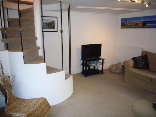 2 Carnglaze Place, St Ives, Cornwall