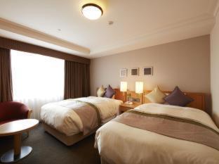 Room #24023818