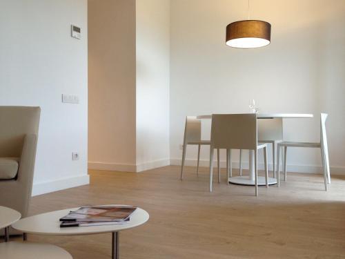 Barcelona Apartment Viladomat photo 3