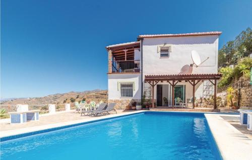Amazing home in Arenas w/ Outdoor swimming pool, WiFi and 3 Bedrooms - Hotel - Algarrobo