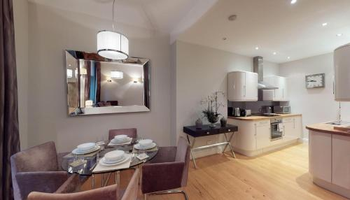 Lavish Central London Two Bedroom Apartment.