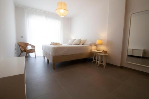 Tejita Flavour - Brandnew 2020 Apt with spacious Terrace, Pool, Parking, just 300m from the longest natural sand beach of Tenerife