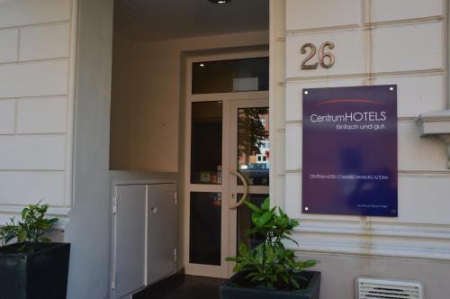 Centrum Hotel Commerz am Bahnhof Altona photo 23