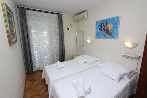 Room Roma, 52210 Rovinj