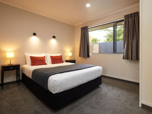 Centre Court Motel - Photo 7 of 28