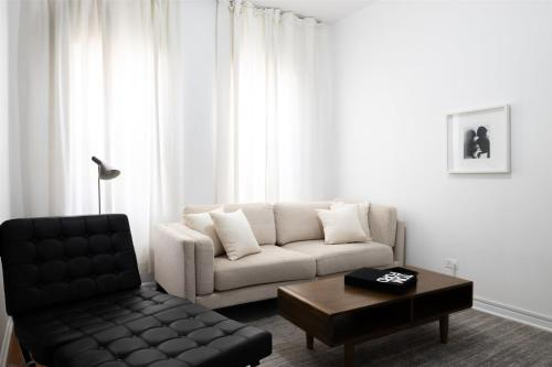 . Updated River West 1BR with W&D by Zencity
